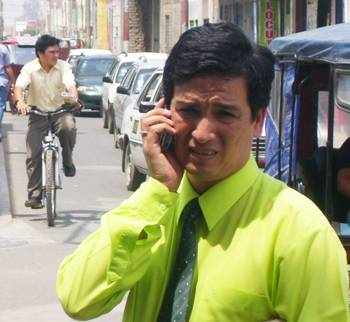 Denuncian de traficar con permisos de paraderos a Gerente de Transporte de concejo de Huaral.