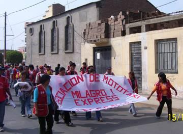 Mujeres también se plegaron para este paro de protesta conta funcionario de transporte