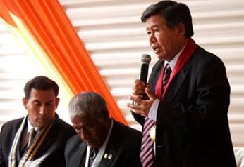Chui saludó a la provincia de Huaral en su 33 aniversario de creación política, durante la sesión solemne realizada en el salón de actos Túpac Amarú, de la municipalidad provincial.