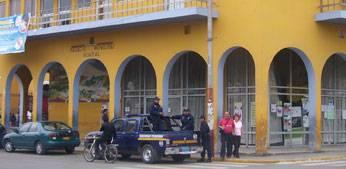 Serenazgo en instalaciones de la Municipalidad de Huaral