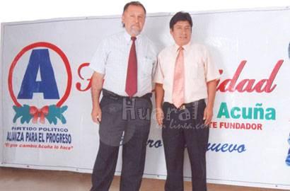 Jorge Ruíz Tejedo responsable político de la región Lima y Popilio Mejía Aley,  responsable político de la provincia de Huaral.