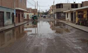 Inundación en las calles Trujillo y Tres de Octubre.