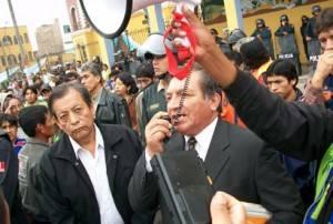 Sector  transporte sigue generando controversias  entre Zorrilla y Molina.