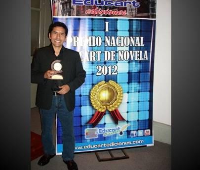 Escritor huaralino obtiene el I Premio Nacional Educart de Novela 2012