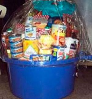 Dos canastas navideñas sortearán este domingo el  C.F. de Periodistas de Huaral.