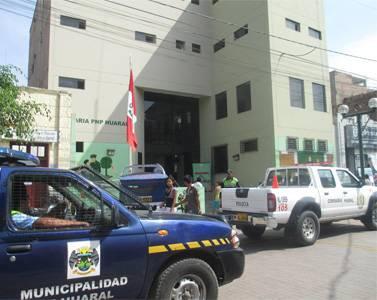 Detienen a joven que agredió a su pareja en plena vía pública en Huaral.