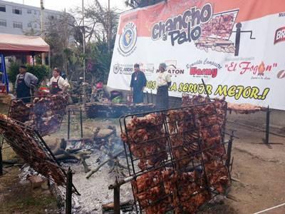 Hoy se celebra el Día del Chancho al Palo en Huaral.