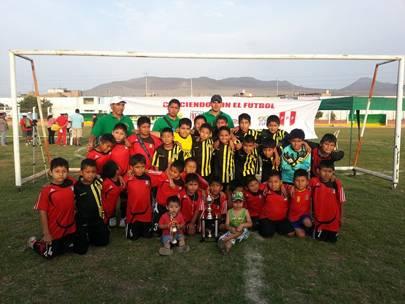 campeones escuela municipal del deporte de Huaral