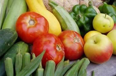Consuma frutas, verduras, agua y conserve la línea este verano 2014