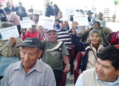 Aucallama Cerca de 70 adultos mayores reciben Pensión 65.