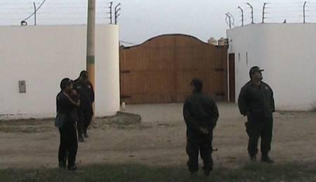 Policía allana vivienda de El Huachanito en Chancay