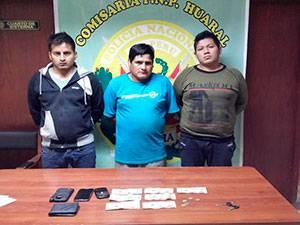 Policía captura a tres presuntos  extorsionadores en Huaral.