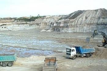 Exviceministro denuncia que MINEM aprobó 25 proyectos de minería sin consulta previa Huaralenlinea.com