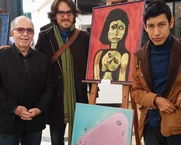 Talentoso joven pintor huaralino con habilidades especiales requiere de apoyo huaralenlinea.com