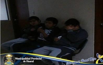 Cámaras de seguridad municipalidad logra captura de tres delincuentes robando a transeuntes en Huaral