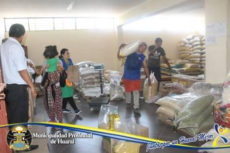 Municipalidad de Huaral realiza primer reparto de víveres del presente año a comedores populares