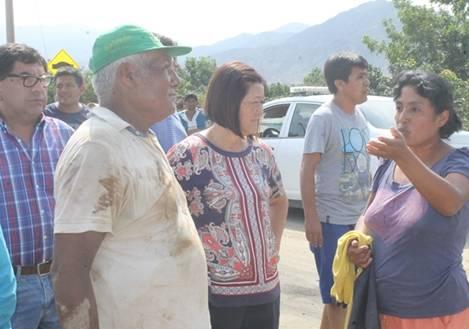 Alcaldesa de Huaral continúa llevando ayuda a sectores afectados