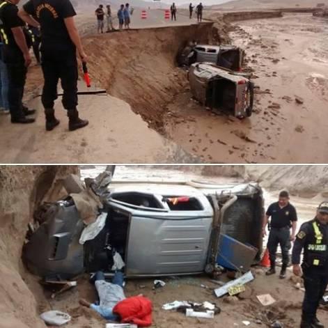Pista se abrió por huaico y dos camionetas cayeron y dejo un muerto