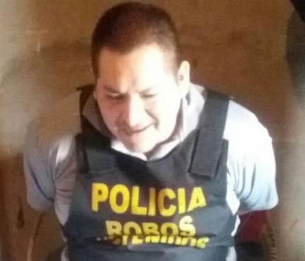 Informe La República.pe Cayó 'Colombiano', uno de los prófugos integrantes de la banda 'Los Monos de Quepepampa'