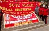 Docente de Huaral y Chancay concentrados en la plaza de armas de Chancay luchando por su estabilidad laboral.